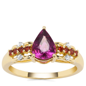 Comeria , Rajasthan Garnet Ring with White Zircon in 9K Gold 1.59cts