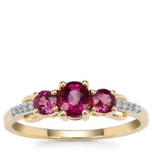 Comeria Garnet Ring with Diamond in 9K Gold 1.03cts