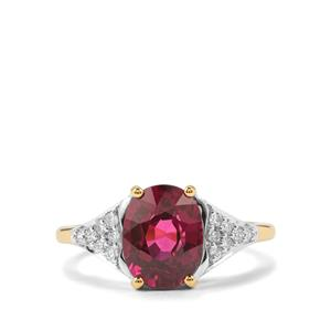 Comeria Garnet Ring with Diamond in 18k Gold 3.19cts