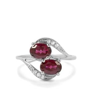 Tocantin Garnet Ring with White Topaz in Sterling Silver 2.04cts