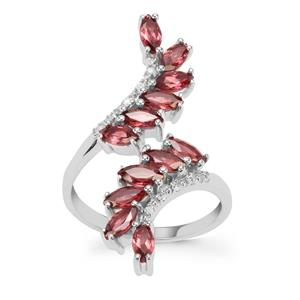 Rajasthan Garnet Ring with White Zircon in Sterling Silver 2.36cts