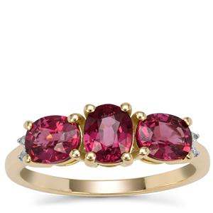 Comeria Garnet Ring with Diamond in 9k Gold 2.40cts