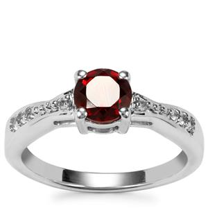 Rajasthan Garnet Ring with White Topaz in Sterling Silver 1.08cts