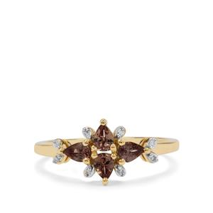 Bekily Colour Change Garnet Ring with Diamond in 9K Gold 0.74ct