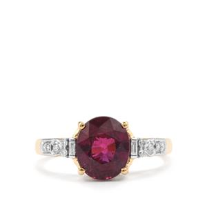 Comeria Garnet Ring with Diamond in 18K Gold 3.15cts