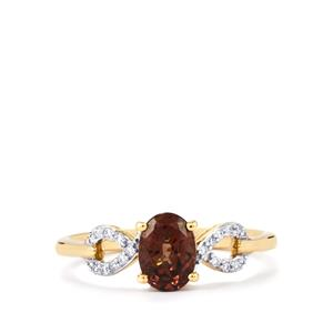 Bekily Colour Change Garnet Ring with Diamond in 18K Gold 1.25cts